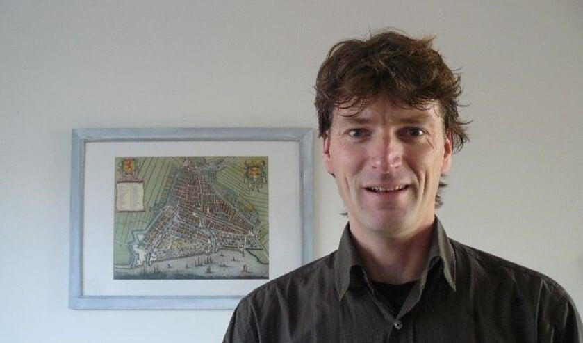 <p>De Rotterdamse bijnamenburgemeester (&#39;Ik kreeg die titel van een vriend&#39;) Herco Kruik: &#39;Ik heb nog nooit een bijnaam zelf verzonnen, ik zweer het je.&#39;</p>