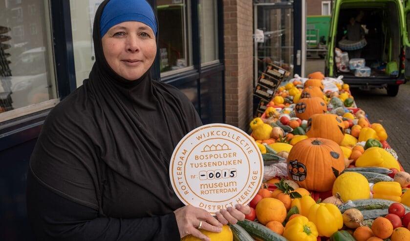 <p>Rahma Hulsman van de Islamitische Voedselbank, die is opgenomen in de Wijkcollectie. (Foto: Wijkcollectie)</p>