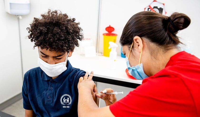 <p>De bereidheid onder studenten om zich te laten vaccineren stijgt. Foto: www.facebook.com/ErasmusUniversity</p>