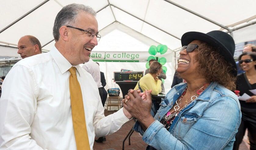 Archieffoto: Aboutaleb in gesprek met burgers tijdens 'Date je College'. Foto: David Rozing