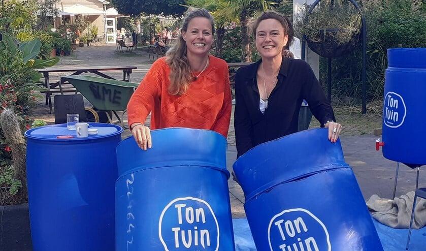 <p>TonTuinen maken, samen met Waterleider Tijs van Ruth en zijn team. Foto: pr</p>