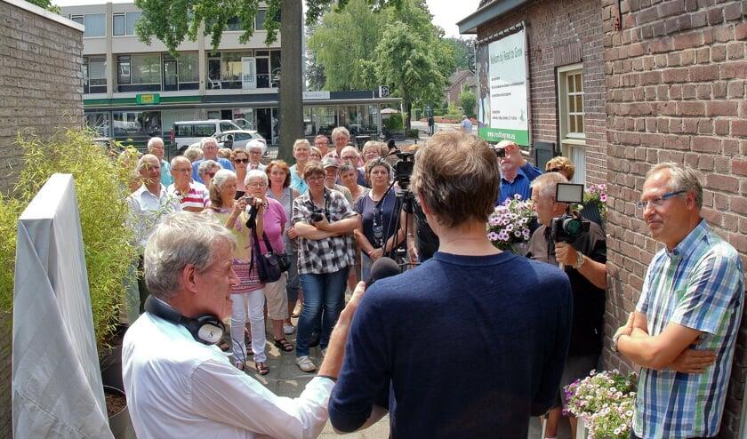 Wim Daniëls houdt zijn speech bij de opening van het nieuwe boekenwinkeltje   | Fotonummer: 5a7817