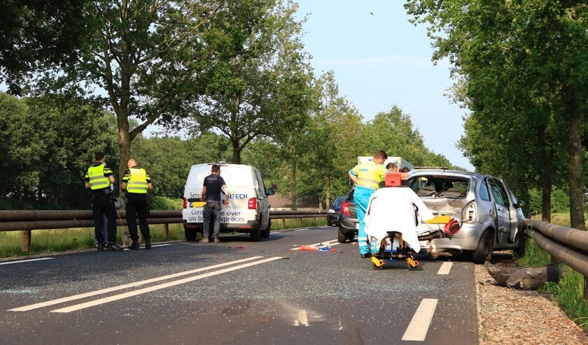 Een ongeluk op de N615, ter hoogte van Lieshout (juni 2019)   | Fotonummer: c062f3