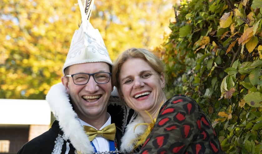Prins Paul d'n Uurste met zijn vrouw Gerlinde Geene   | Fotonummer: 96e9a3