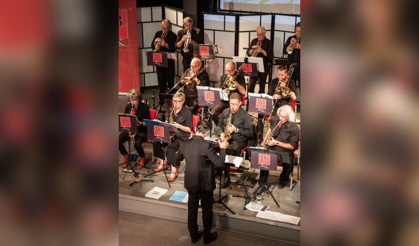 Bevrijdingsconcert in Hofdael met BBC Jazz   | Fotonummer: 27cd3d