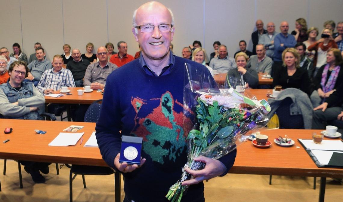 In 2015 kreeg Ad van de Vossenberg een vrijwilligerspenning uitgereikt van de gemeente Laarbeek