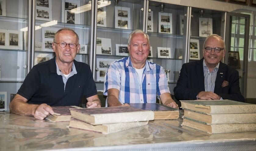Vlnr: Jan Dekkers, Guido Klessens en Louis Doomernik   | Fotonummer: d78473
