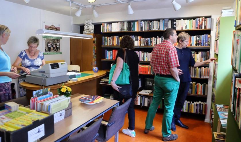 Het boekenwinkeltje aan het Heuvelplein   | Fotonummer: d2a303