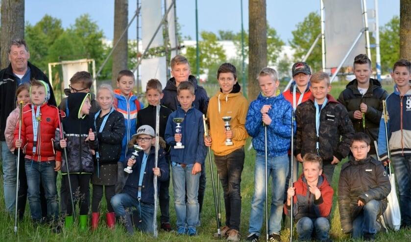 Deelnemers van de jeugdcursus   | Fotonummer: b9bf01