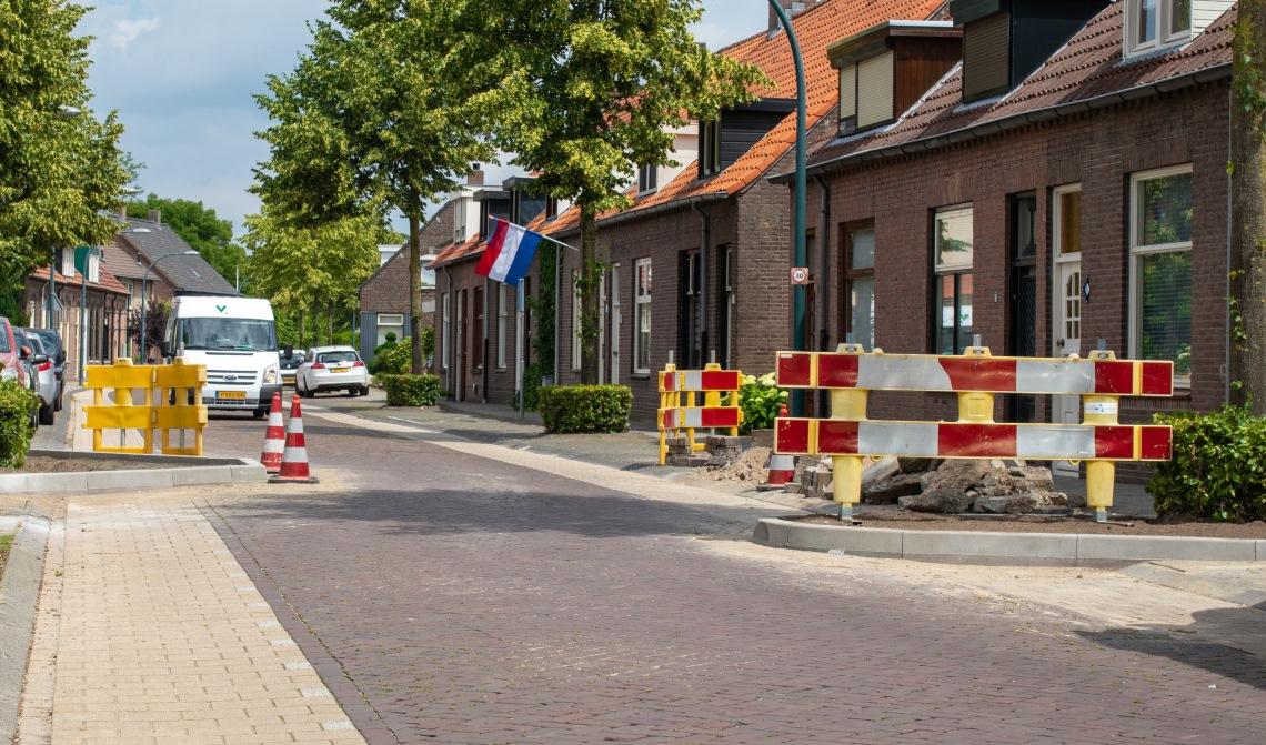 De nieuwe wegversmalling in de Kapelstraat