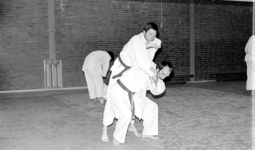 Peter van de Kerkhof (die de judolessen in Beek en Donk gaf) en Eddie van de Pol   | Fotonummer: 711b0b