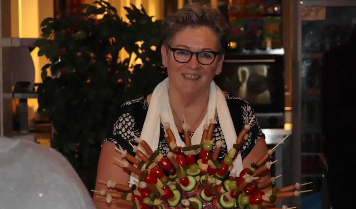 Vrijwilliger Anja Beekmans tijdens de nieuwjaarsreceptie
