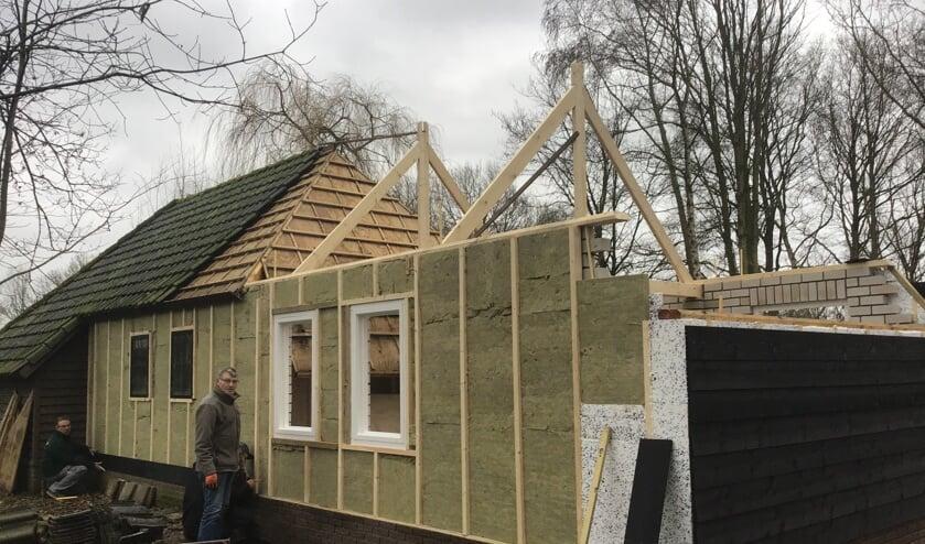De nieuwe schuilhut in bouw   | Fotonummer: 1ce4d6