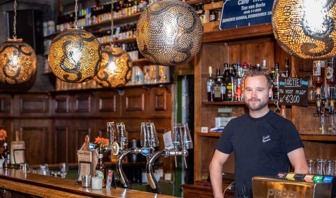 <p>Ton van Berlo is sinds 1 januari 2020 uitbater van Café Thuis in Beek en Donk</p>