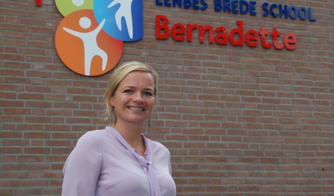 <p>Nieuwe directeur Brede Basisschool Bernadette Paulien van der Werf</p>