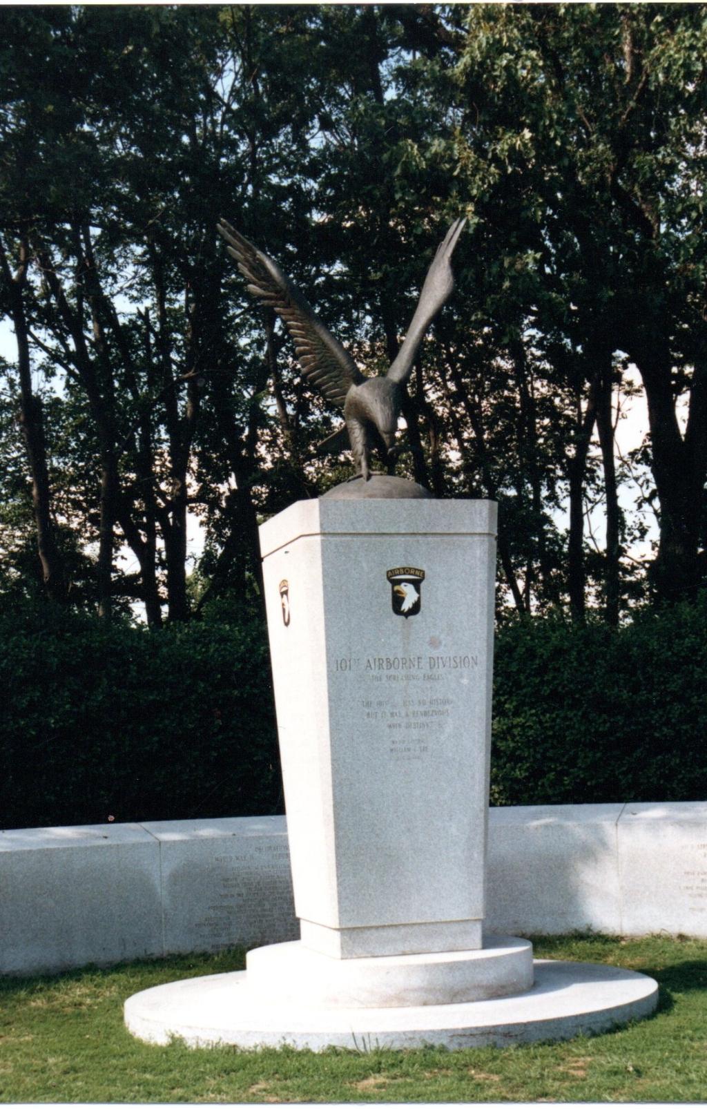 Monument op Arlington. Foto:  © deMooiLaarbeekkrant