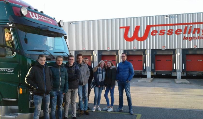Leerlingen van het Northgo op bezoek bij Wesseling. | Foto: pr.
