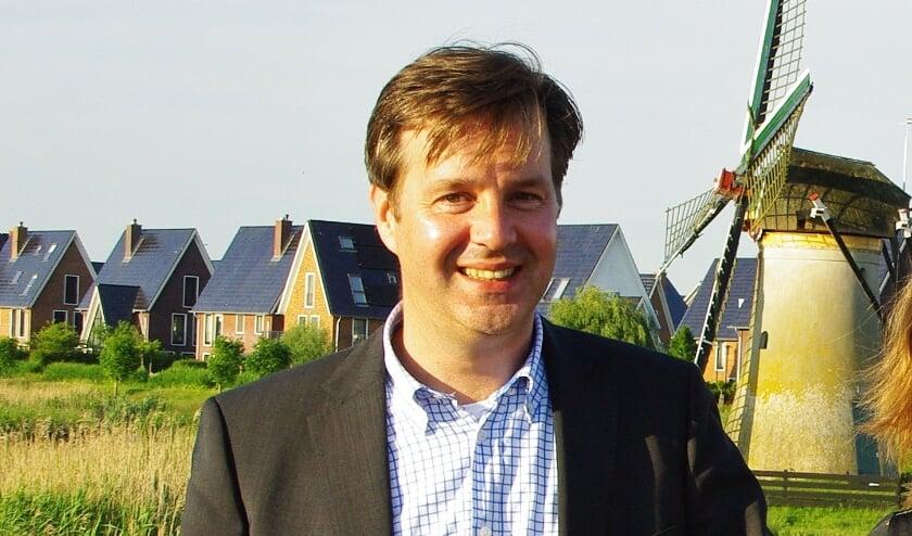 Vincent Janssen in 2016, toen hij het VVD-fractievoorzitterschap overdroeg aan Nicole Zwart. | Archieffoto
