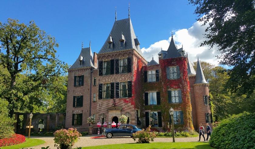 Het landgoed rond Kasteel Keukenhof gaat maandag weer open voor publiek.
