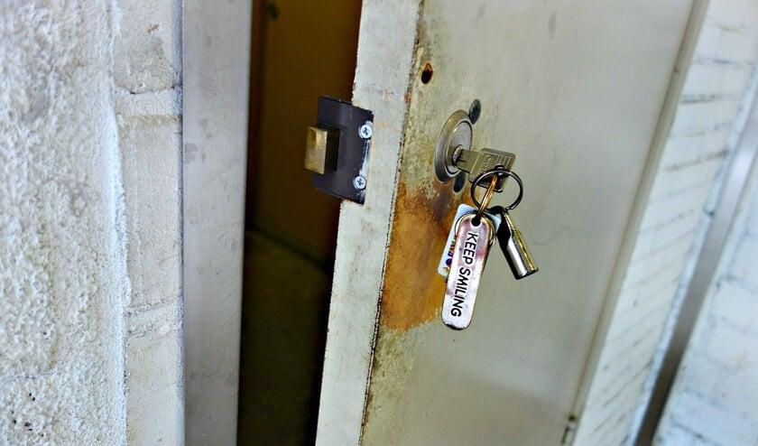 Hoe komt u binnen als u uw sleutel bent vergeten of als de sleutel afbreekt in het slot?