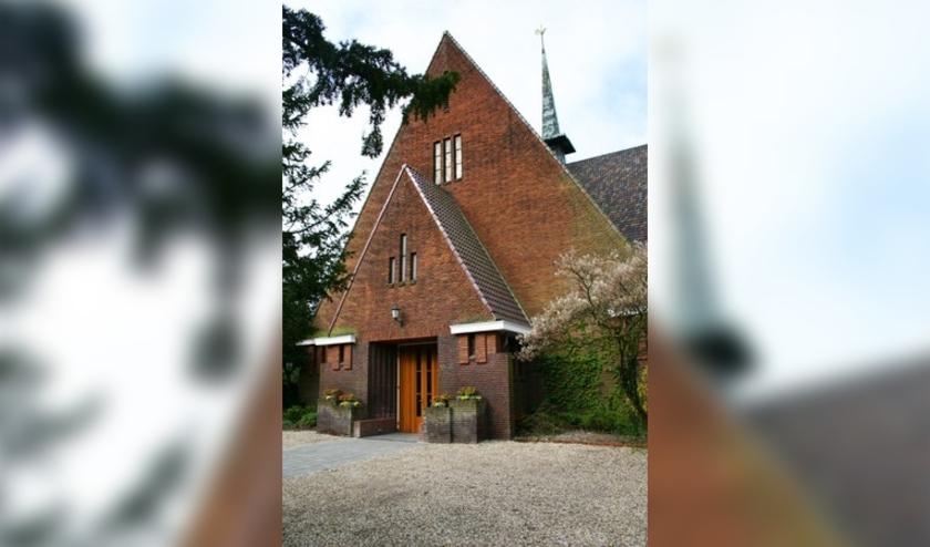 De kerkdiensten van de Protestantste Gemeente Oegstgeest worden vervangen door liturgische momenten die via internet gevolgd kunnen worden.