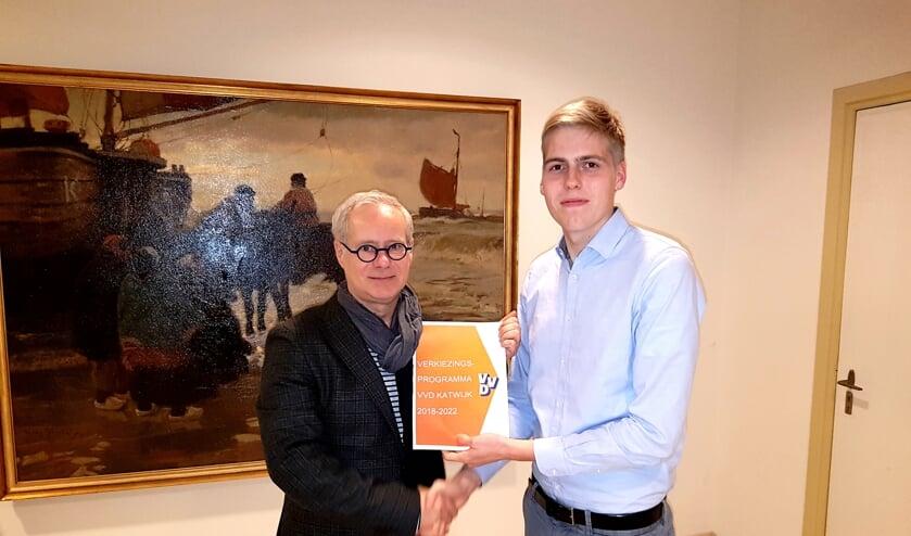 Lijsttrekker Nico van Hoogdalem ontving het programma van Lennart van der Plas.