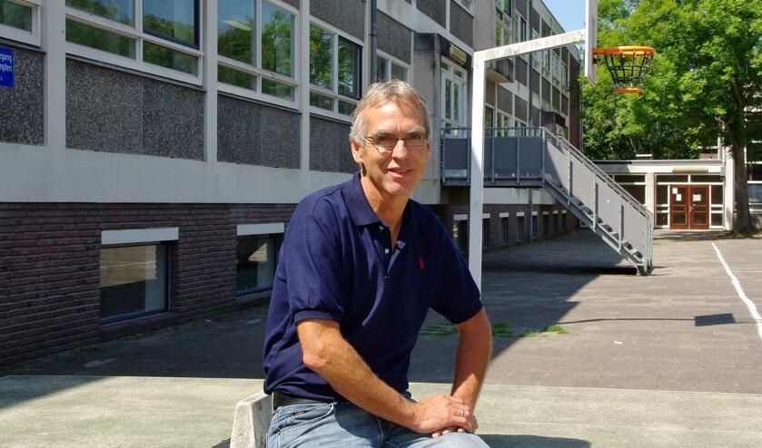 Directeur Douwe Splinter van de Kannerschool hoopt op een goede oplossing en betere huisvesting voor zijn school.   Archieffoto Willemien Timmers