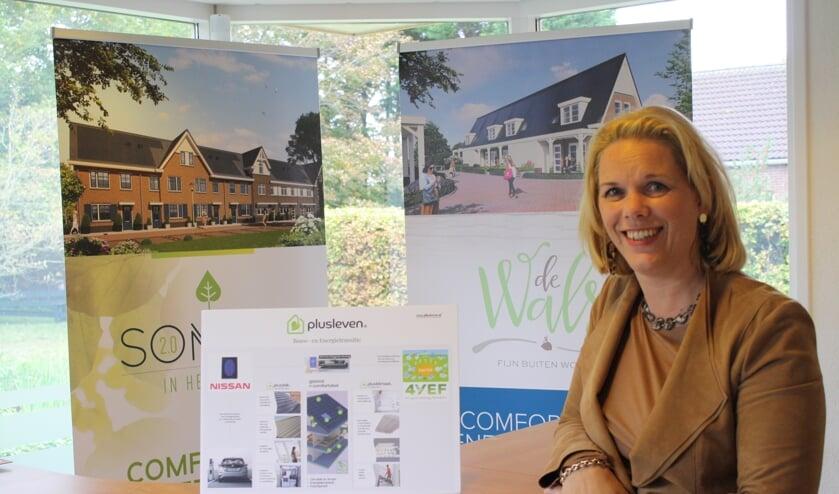Voor het realiseren van 33 duurzame woningen in Teylingen mocht Yvonne van der Hulst de Duurzaamheidsprijs in ontvangst nemen. | tekst en foto: Piet de Boer
