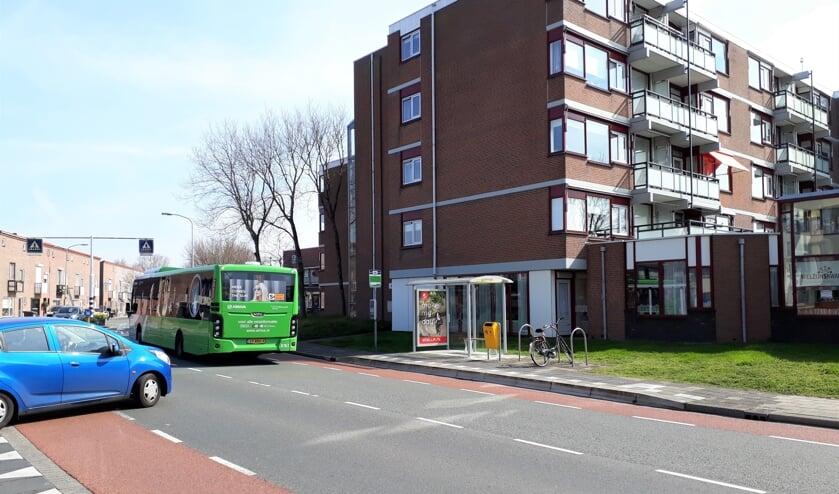 Deze bushalte mag niet weg, vinden ouderen in die omgeving. | Foto: MvR