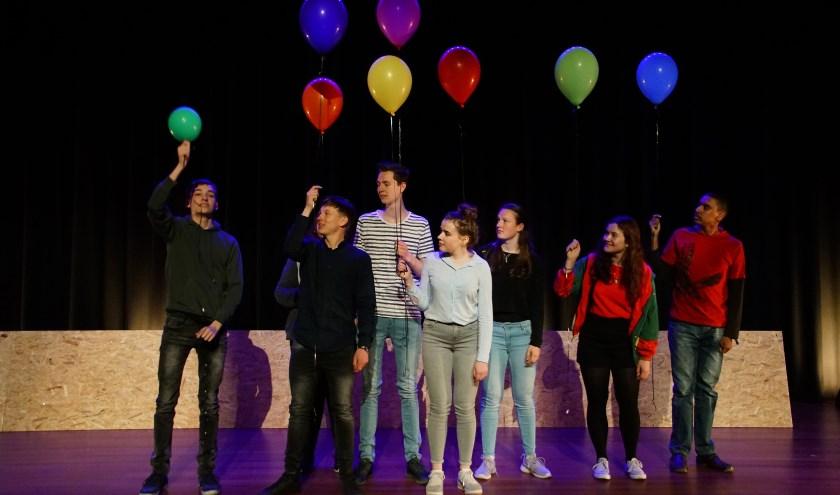 Bij Jeugdtheaterschool Flores zijn weer gratis Meedoedagen.