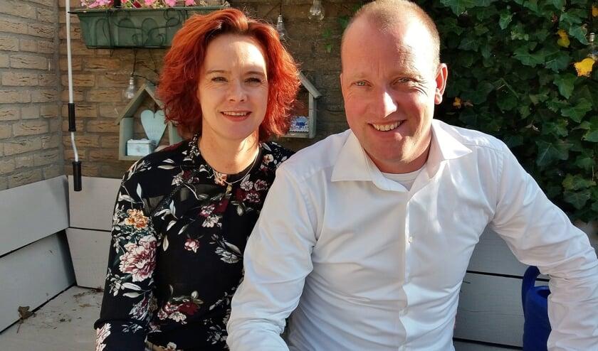 Chef-kok Jeroen Jager, die regelmatig voor beroemdheden kookt, zal nu Oegstgeestenaren die een gast meenemen, verrassen. Zijn vrouw Ivonne Janka liep al een aantal jaar rond met dit mooie idee.