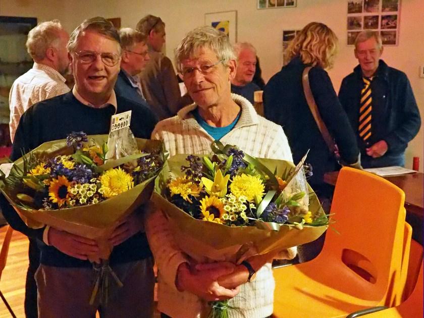 De twee Leden van Verdienste Jan en Joost