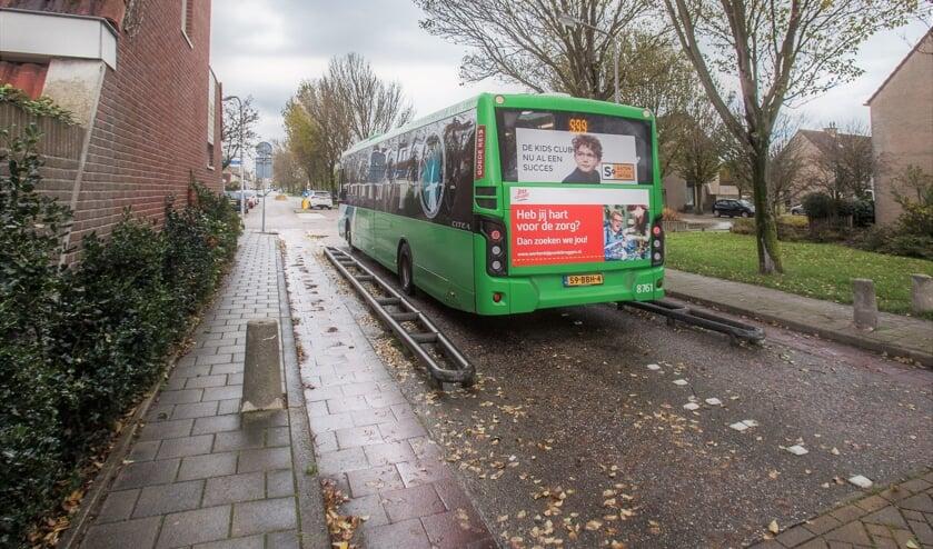 De bussluis tussen de Keplerlaan en Hartweg in Rijnsoever. | Foto: Adrie van Duijvenvoorde