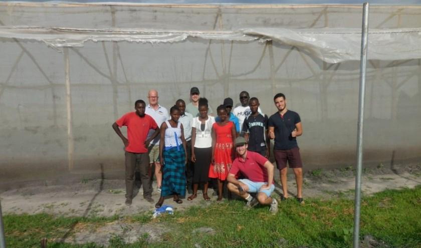 De belangrijkste activiteit van de studenten is een duurzaam koelhuis bouwen. | Foto: PR