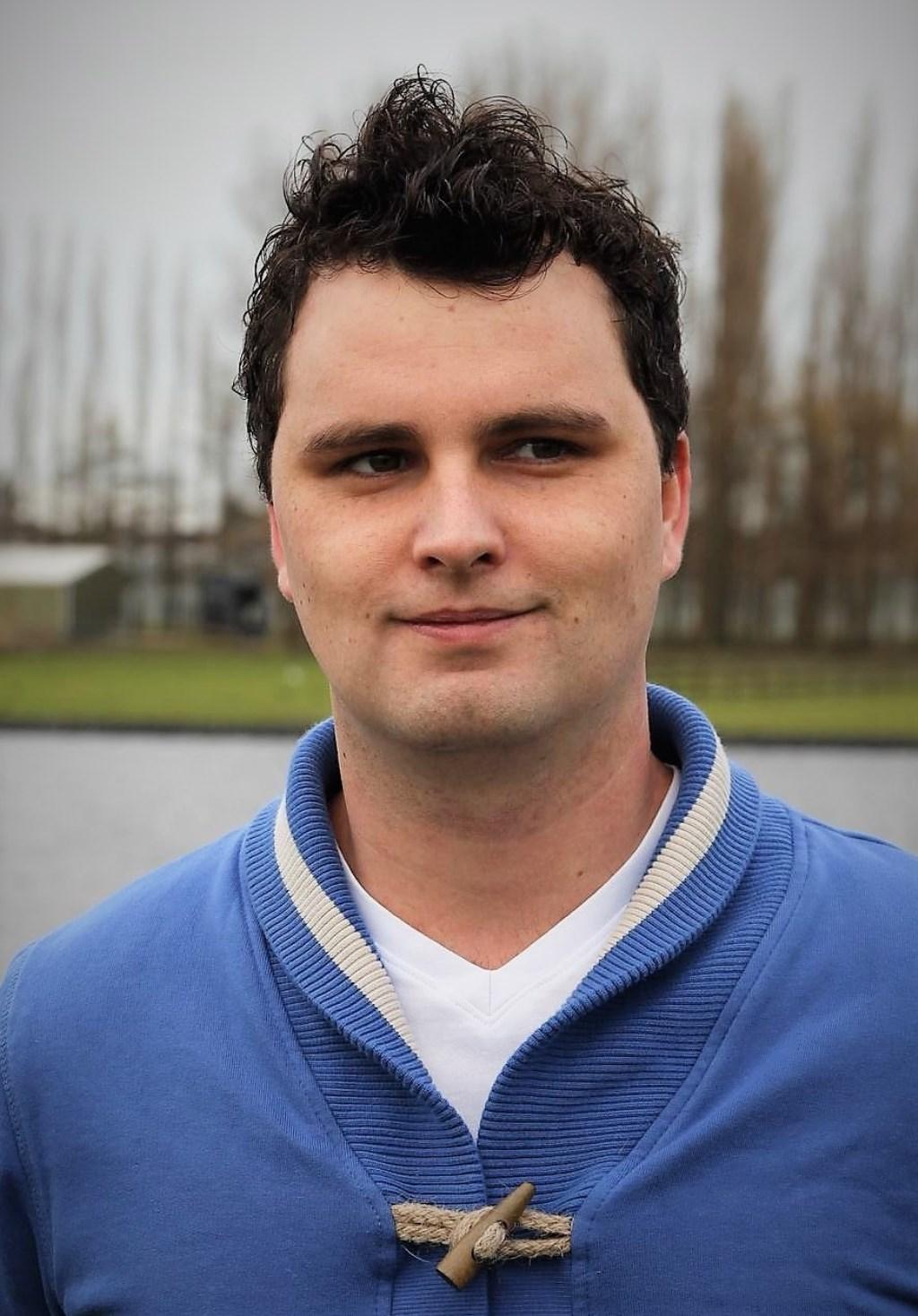 Gijsbert Schrijvers, fractievoorzitter HartVoorKatwijk Foto: pr © uitgeverij Verhagen