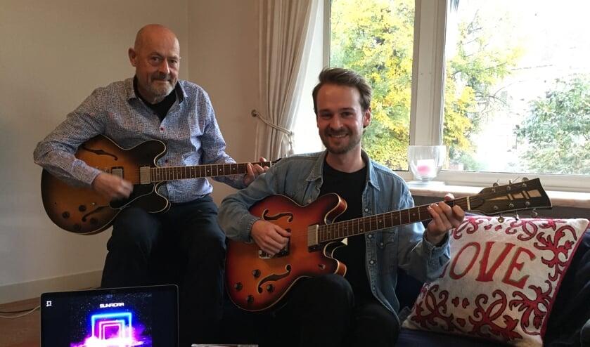 Ad en Dennis zijn trots op de cd's die er tot nu toe zijn gemaakt.