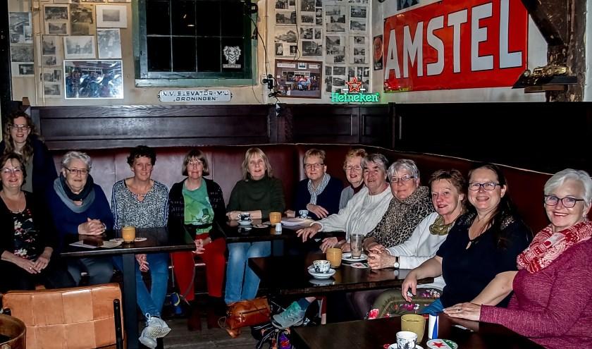 De Straatjutters op hun verjaardagsfeestje.   Foto: J.P. Kranenburg