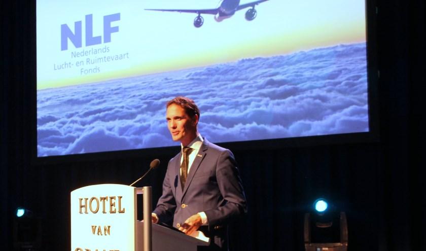 Wethouder Ter Hark vestigde de aandacht op Noordwijk als lucht- en ruimtevaartgemeente. | Foto: WS