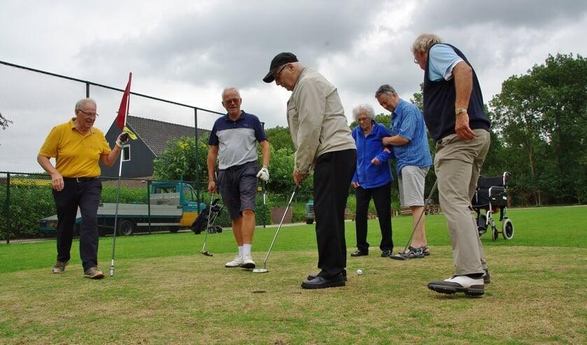 Doordat de baan van OGC erg compact is, waardoor de afstanden tussen de holes niet al te groot zijn, is de baan uitermate geschikt voor gehandicapte of oudere golfers.