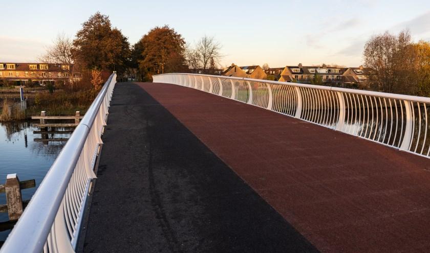Voetgangers en fietsers kunnen weer over de Jan Hendrik Oortbrug.