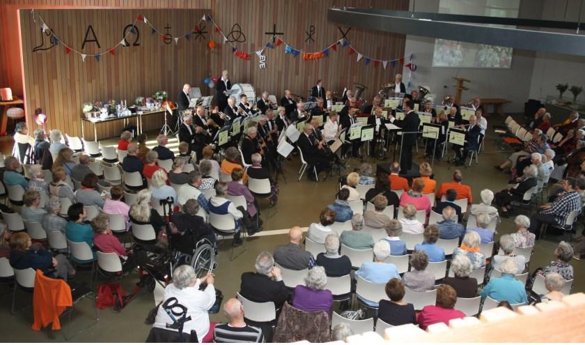 Het Gewestelijk Senioren Orkest trad op voor een volle zaal.