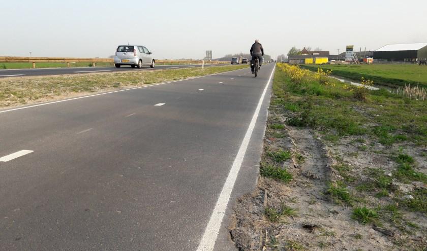 Na het groot onderhoud kwamen klachten over het niet meer verlichten van het fietspad. | Foto: MV