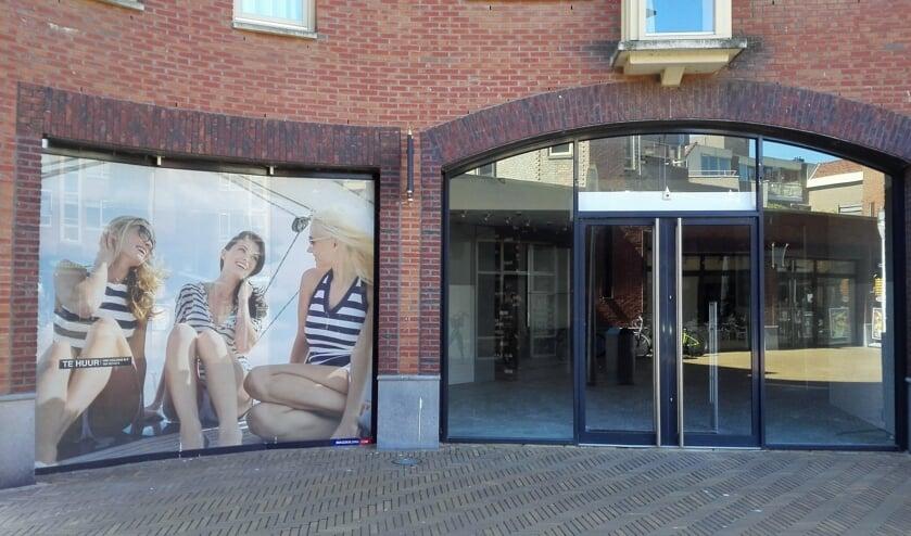Leegstand van winkels op het Emmaplein in Katwijk.