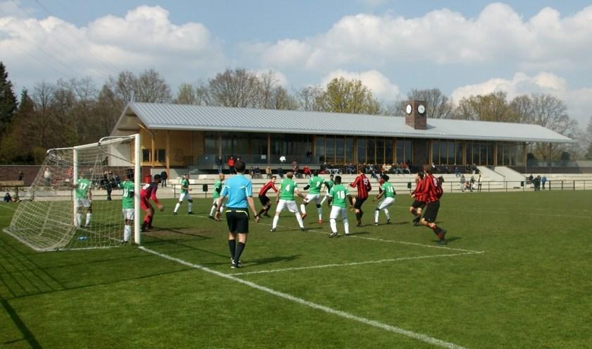 Pas in de laatste fase van de ontmoeting van ASC met Blijdorp viel de 2-1 en viel een last van de schouders. | Foto: Frits de Jongh