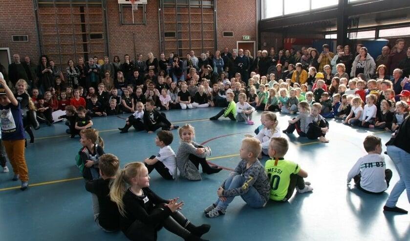 Er is veel danstalent op de Oranje Nassauschool.