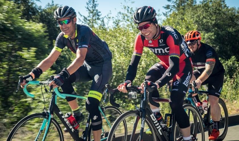 Foto ter illustratie. De IJs- en Skeelerclub Lisserbroek start een recreanten racefietsgroep, samen door het mooie landschap fietsen.