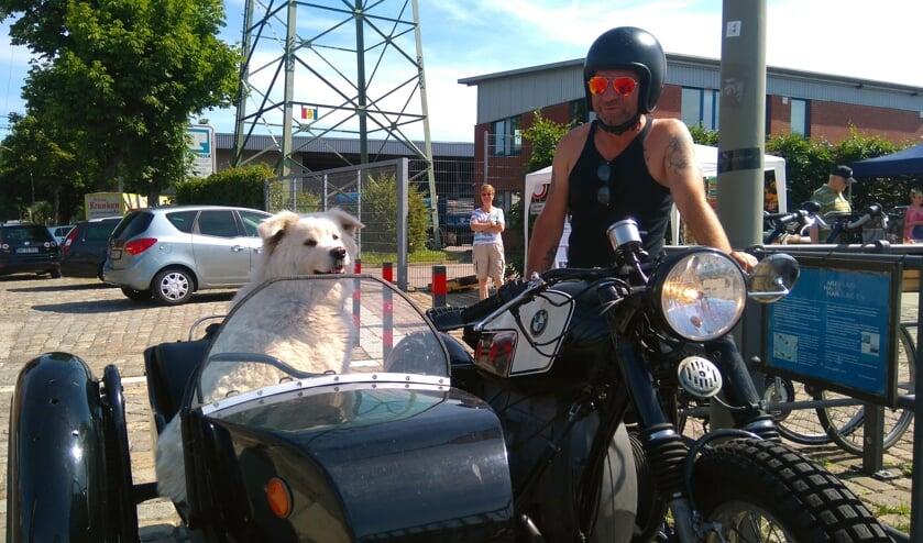 Gezocht: (motor)rijders met een trike of zijspan, die het leuk vinden om met een cliënt van Topaz mee te doen aan de Overduinrit.