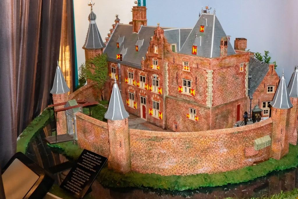 De maquette van Huis ter Does. Foto: Johan Kranenburg © uitgeverij Verhagen