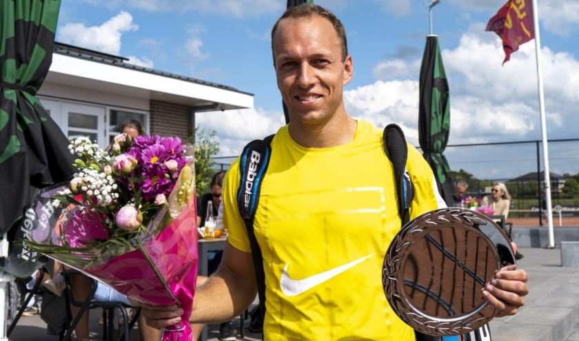 Senne Braun was in de finale in drie sets te sterk voor debutant Matthijs van Starkenburg.