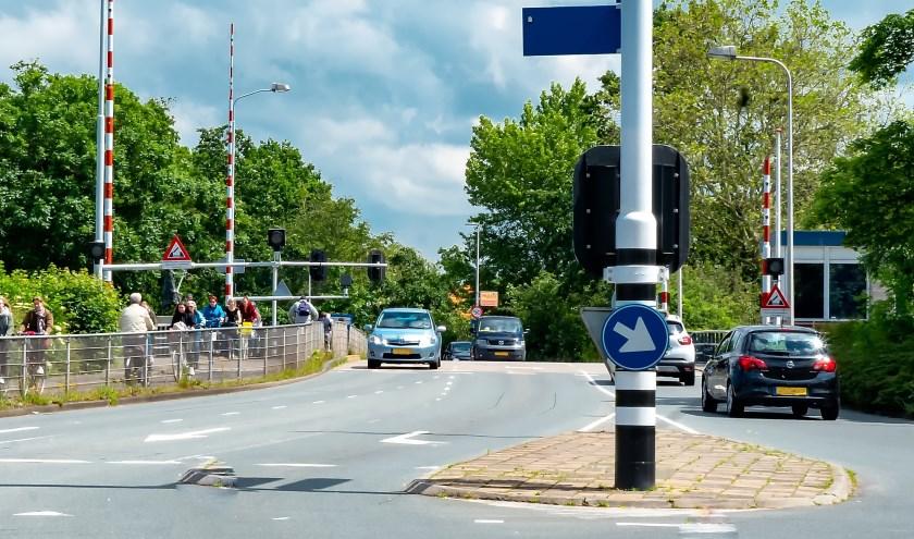 De Stierenburg wordt altijd druk gebruikt door zowel auto- als fietsverkeer.